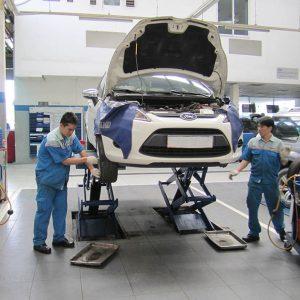 Ứng dụng của máy bơm hơi rửa xe trong cửa hàng bảo dưỡng và sửa chữa xe ô tô