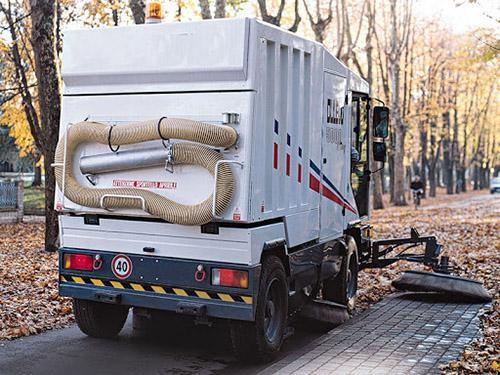 xe quét rác đường phố là một phần không thể thiếu của các tp lớn