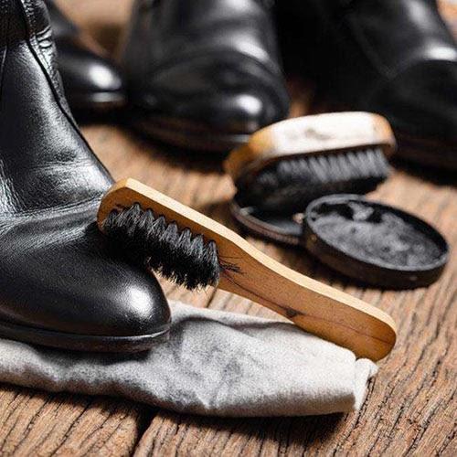Dụng cụ đánh giày