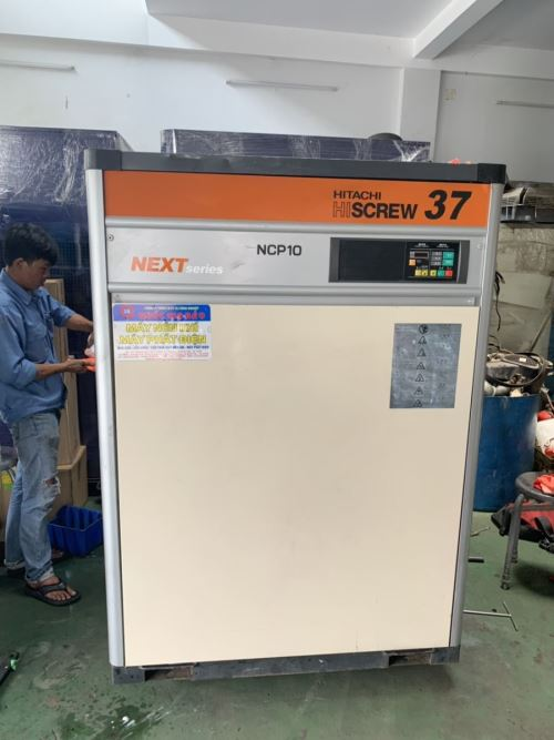máy nén khí hitachi 37kw