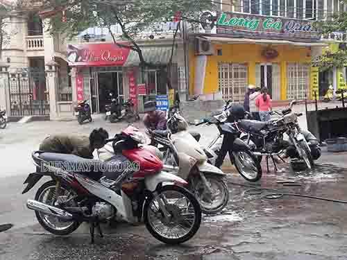 Setup tiệm rửa xe máy