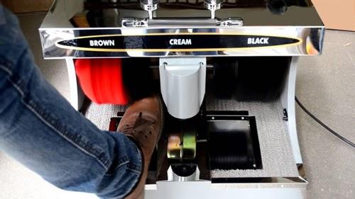 máy đánh bóng giày tự động
