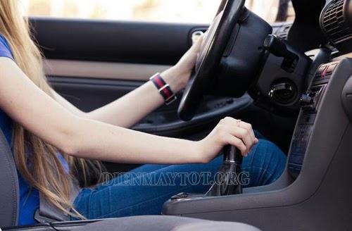 kỹ thuật lái xe ô tô cơ bản