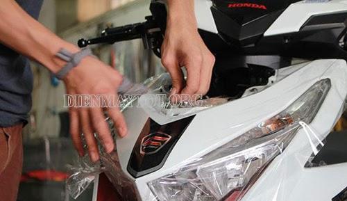 sơn lại xe máy bị trầy xước bao nhiêu tiền