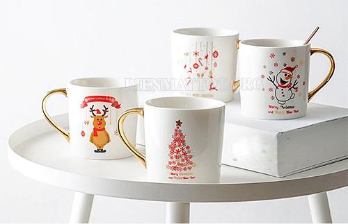 Những chiếc cốc có hình ảnh noel xinh xắn