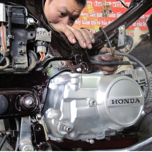 Thay thế phụ tùng định kỳ để xe bền lâu và sử dụng an toàn nhất