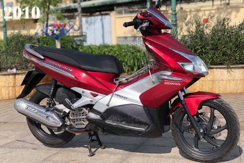 Honda Air Blade phiên bản 2010 không có nhiều thay đổi so với năm 2007