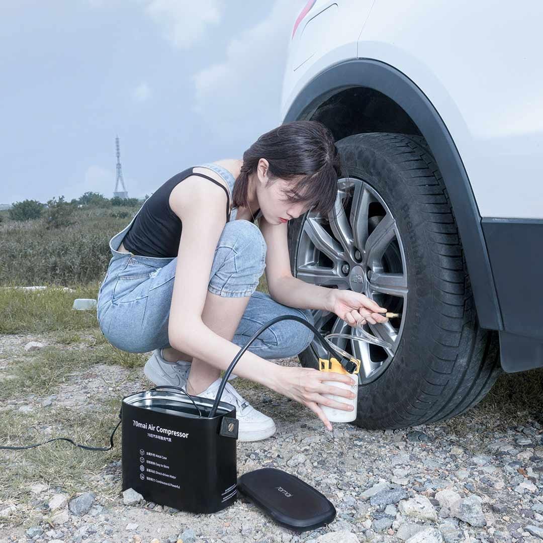 Bơm hơi lốp ô tô bằng điện
