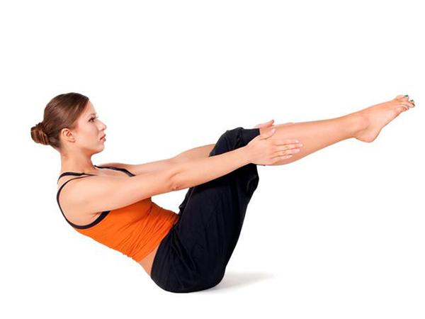 Gập bụng theo 3 hướng để giảm mỡ bụng