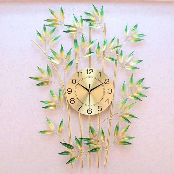 Tặng đồng hồ treo tường trong dịp khai trương